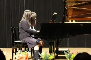 クリスマスメドレーピアノ連弾